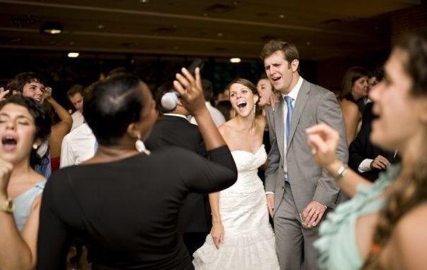 Tmx 1521542863 0f2c0b33231e21f7 1521542862 96139e3f3d4e0935 1521542861102 8 Capture Houston wedding band