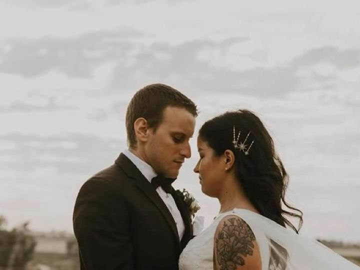 Tmx Alyssa Couple And Bouquet 51 999840 159449770211119 Sacramento, CA wedding florist
