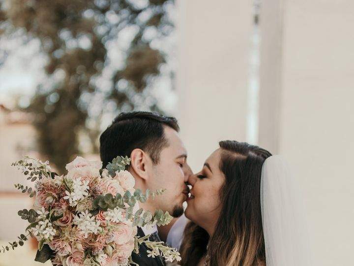Tmx Camille The Kiss 51 999840 159710386829945 Sacramento, CA wedding florist