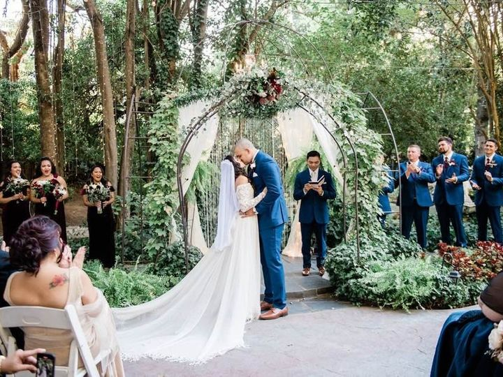 Tmx Heirloom Inn Arch 51 999840 1572333010 Sacramento, CA wedding florist