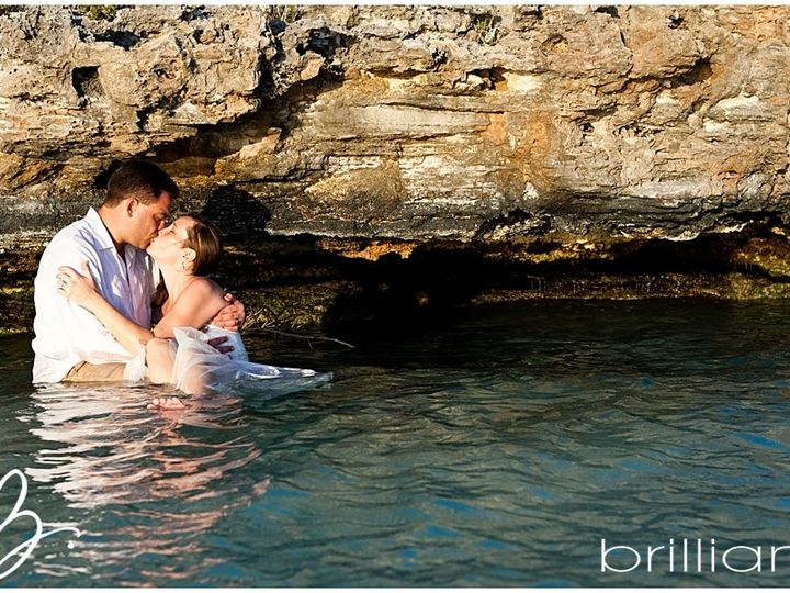 Tmx Wilson And Kelly Kissing In Water Trash The Dress Picture 51 1000940 159285716290394 Bristol, RI wedding travel