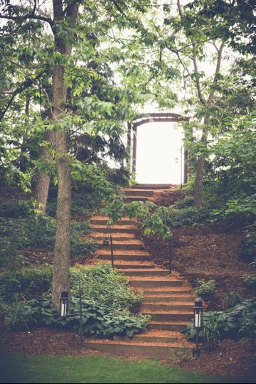 Staircase entering the enchanted Cove at The Vineyard at Grandview Photo by Epic Photography