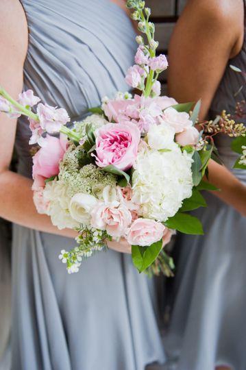 blossoms atlanta awesome blossom weddings flowers atlanta ga weddingwire. Black Bedroom Furniture Sets. Home Design Ideas