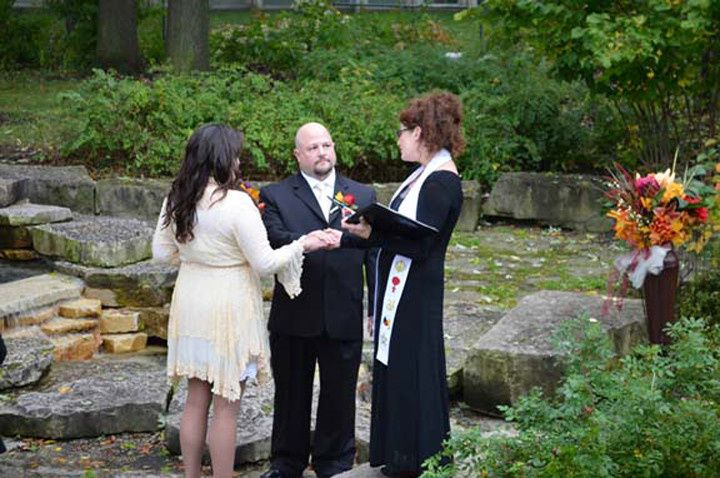 800x800 1477771782381 chicago wedding officiant
