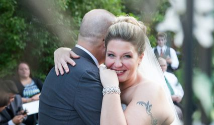 IL Wedding Officiant, Rev Pamela & Pine Manor Chicago