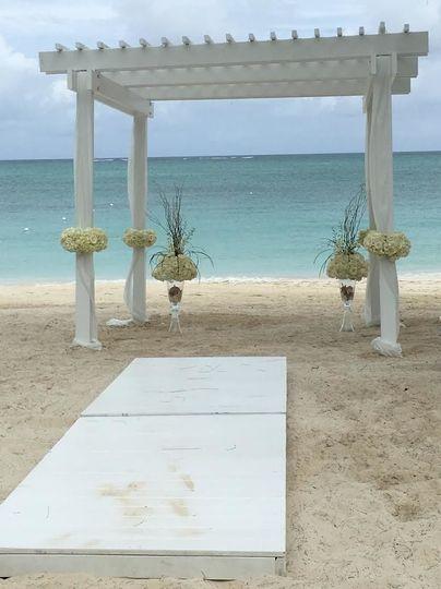 Wedding arbor - Beaches
