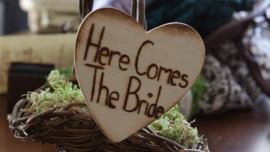 details here comes the bride i