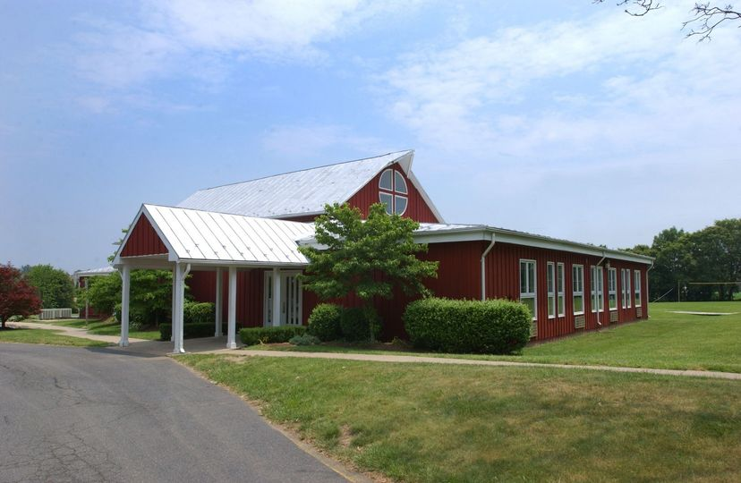 Exterior view of Frying Pan Farm Park