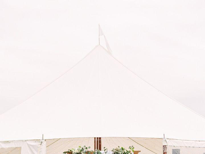 Tmx Jessica Garrett Wedding Meganharris Edit 696 Of 758 Websize 51 975050 158160675066550 Royal Oak, MD wedding florist