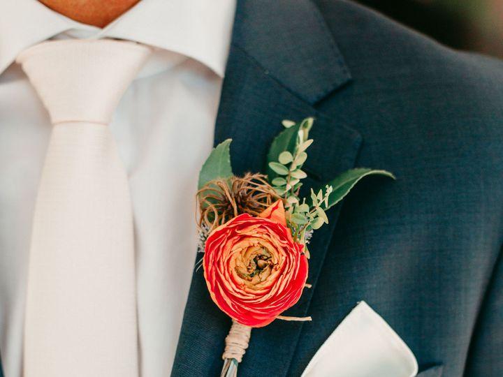 Tmx Msgettingready 83 51 975050 158160563685514 Royal Oak, MD wedding florist