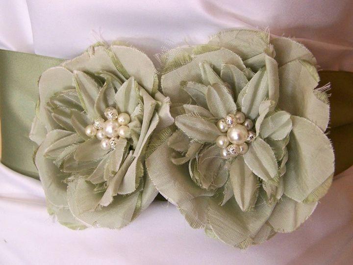 Tmx 1357777761914 1007344 Rhododendron wedding dress