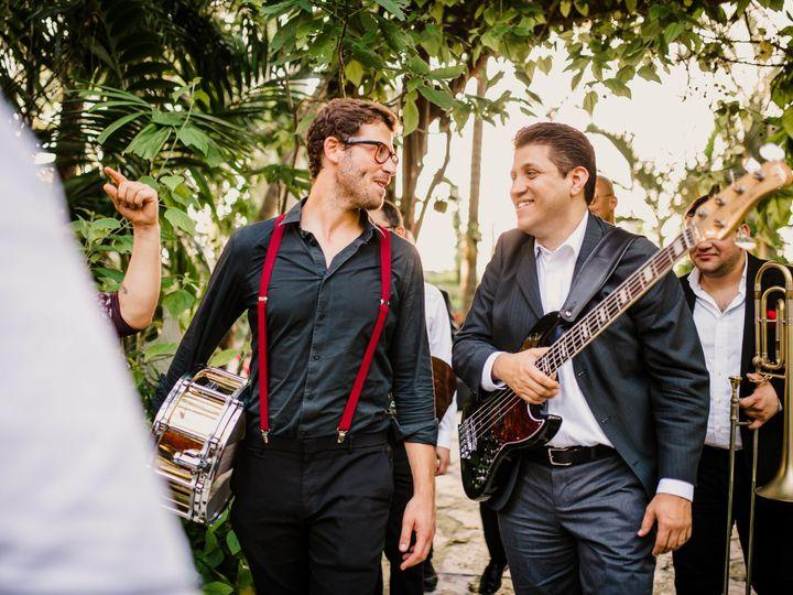 Tmx 1531519608 8bebd56f83b2d63a 1531519597 703ca647faff86dc 1531519575711 17 16 Tampa, FL wedding band