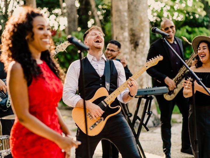 Tmx 1531519611 9de5d49670917506 1531519600 12c9581a6452af28 1531519575685 10 9 Tampa, FL wedding band