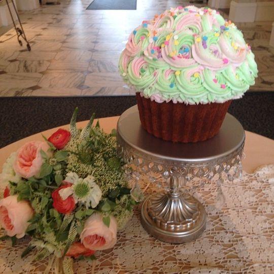 XL Cupcake - Funfetti