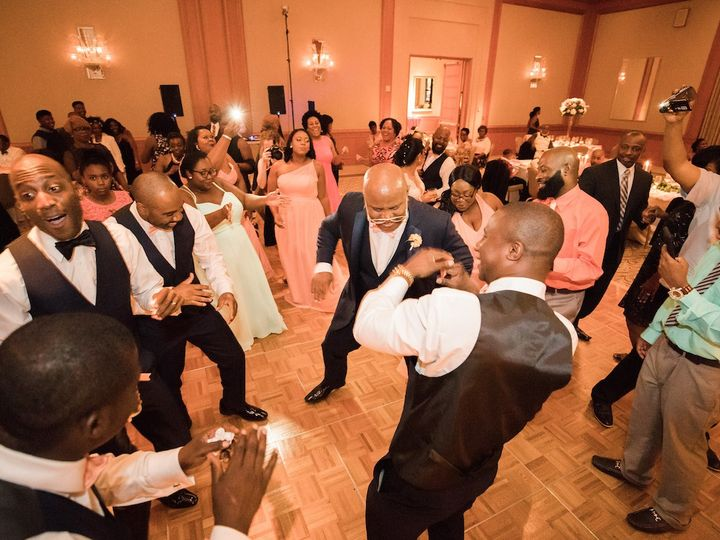 Tmx Mrandmrsgrant Krystal Kast Photography 7 51 751150 157901535685943 Raleigh, North Carolina wedding dj