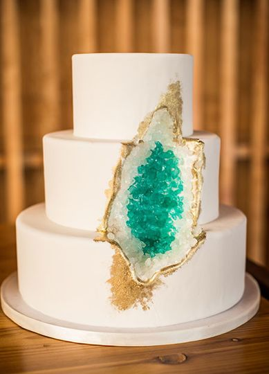 White wedding cake with teal inside
