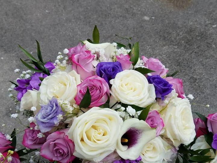 Tmx 1535384671 Ffe72bc3688ea3bd 1535384670 8cf43789e44a22fb 1535384671330 4 Galaxy718 1969 Kissimmee, FL wedding florist