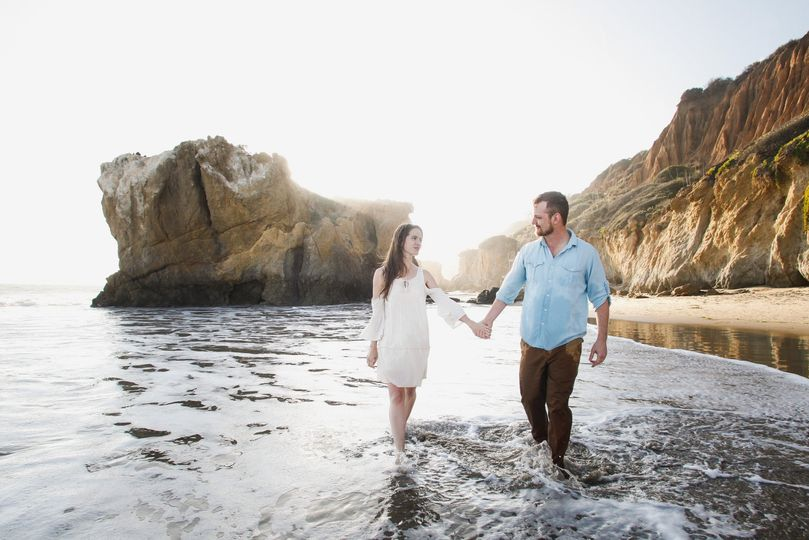 beach engagement photos photography malibu laguna beach elopement 1 51 25150 157535713922167