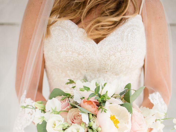 Tmx 01 Shannonbrian 123 Of 454 51 416150 158291126914085 Marysville, OH wedding florist