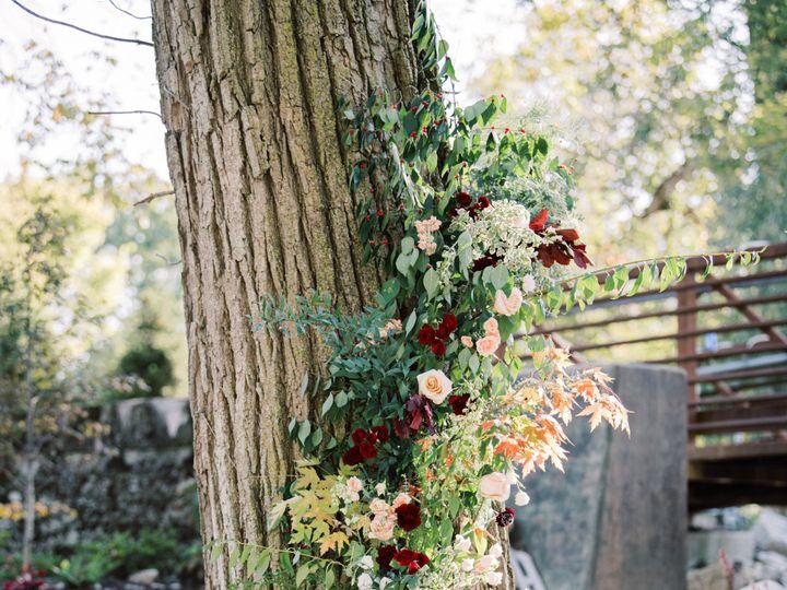 Tmx Img 2188 51 416150 158291639968054 Marysville, OH wedding florist