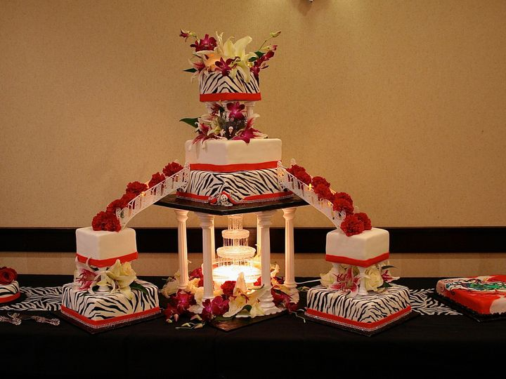 Tmx 1377386244523 Ameliakc7.13.13 Anchorage wedding cake