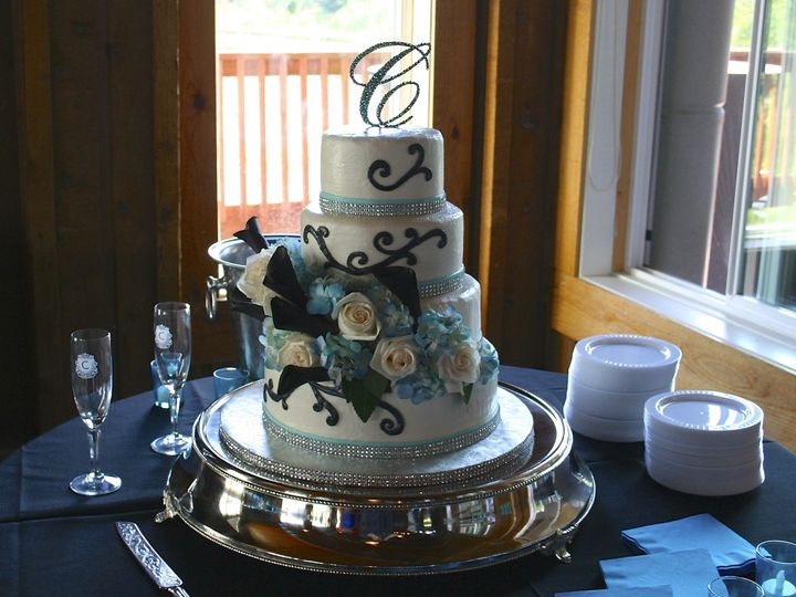 Tmx 1377386886968 Anelisjosh72713 Anchorage wedding cake