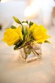 Yellow rose centerpiece