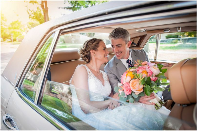 ce64b943de175838 Laura Meyer Photography Chicago Wedding Photographer 1025