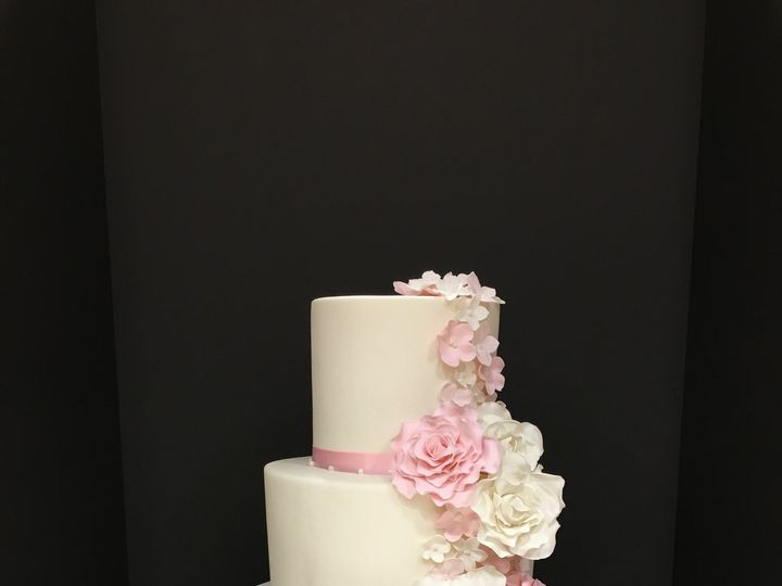 Tmx 1464656875824 Img0929 Thornwood wedding cake