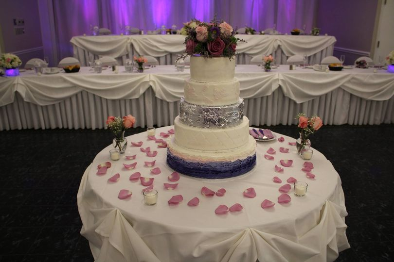 5 layered wedding cake