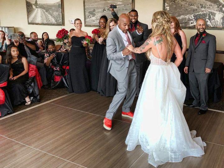 Tmx 31743666 10213170754677520 3089115937287176192 N 51 727250 Springfield, MA wedding planner