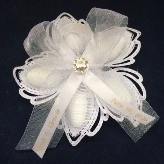 Aurelia Sparkle Deluxe wedding favor with five sugared almonds, Swarovski crystal and...