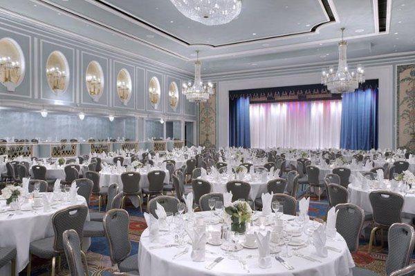 New york hilton midtown venue new york ny weddingwire 800x800 1251462151558 0000488284 sciox Image collections