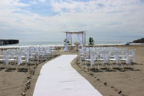 Toes In The Sand Weddings
