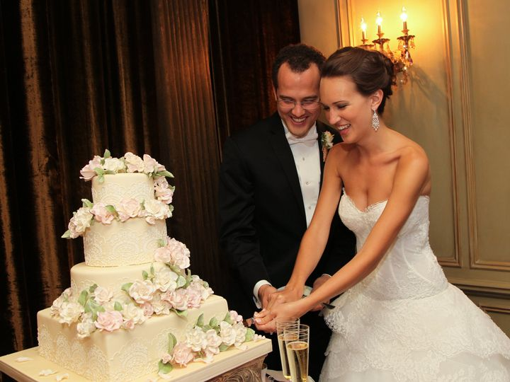 Tmx 1464457454474 Sarah And Christopher Cake And Toasts 0006 Asheville, NC wedding venue