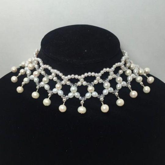 audrey hepburn necklace e1431614308775 550x550 51 934350 1557070874