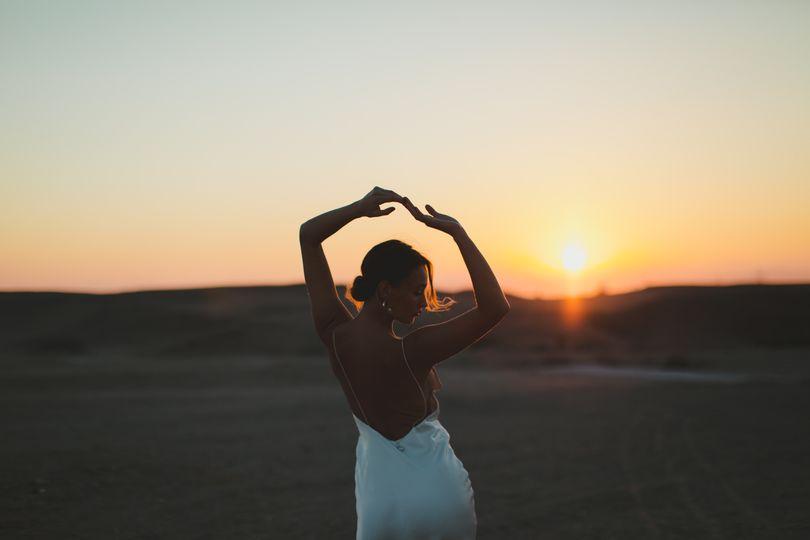 Bridal shooting desert
