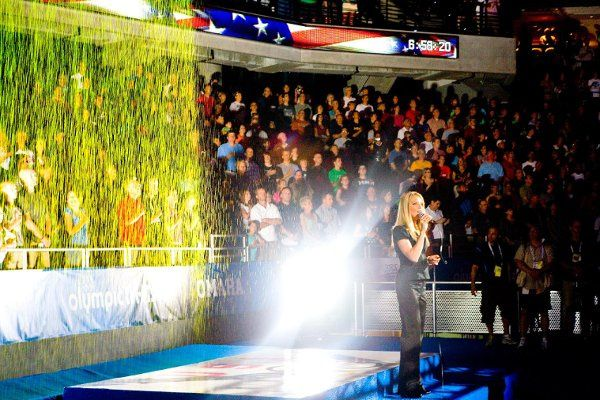 Heidi Joy sings our National Anthem at the Olympic Swimming Trials, 2008
