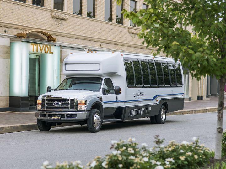 Tmx 1439851348032 Showtimetransportation0100 Kansas City wedding transportation