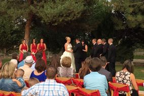 Arbor Vine Weddings