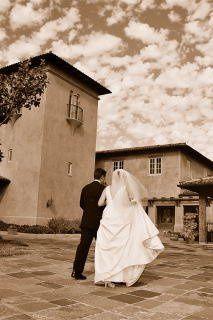 Romantic Walk at Pasadera Country Club (www.lindseywalkerphotography.com)