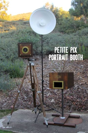 petite pix portrait booth
