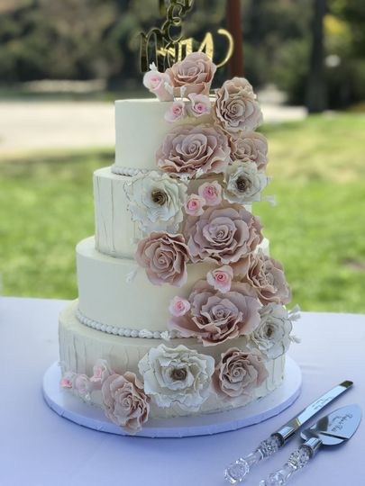 PKs Custom Cakes