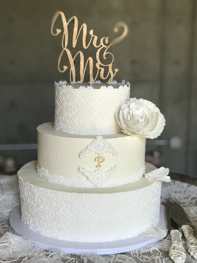Lace and monogram with peony