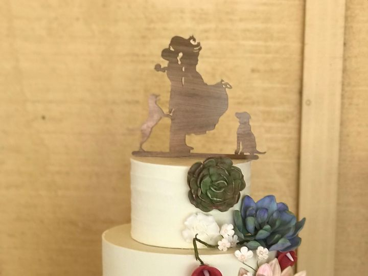 Tmx 1526444366 73612f5d40adc13c 1526444365 26bc6049c774d077 1526444363917 5 9456AD82 98A2 4A39 Arroyo Grande, CA wedding cake