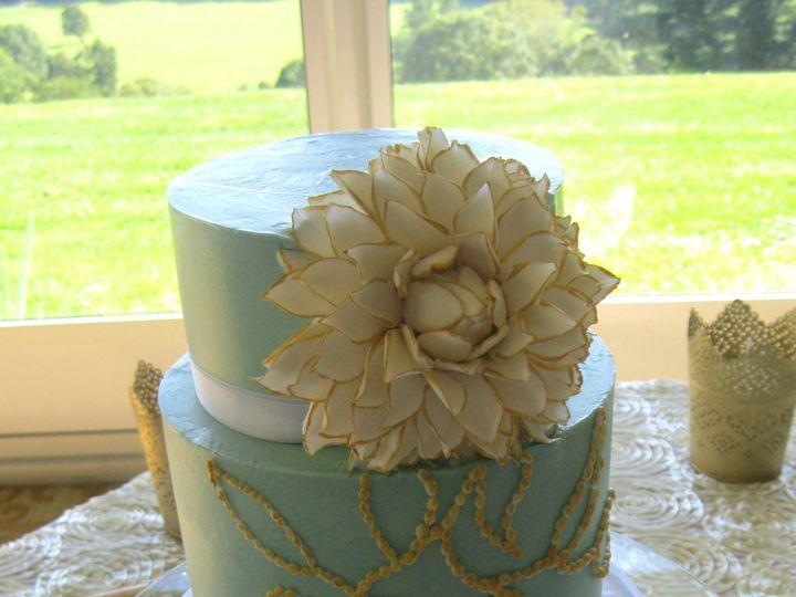 Tmx 1377530048898 Gold Dahlia Mamaroneck, New York wedding cake