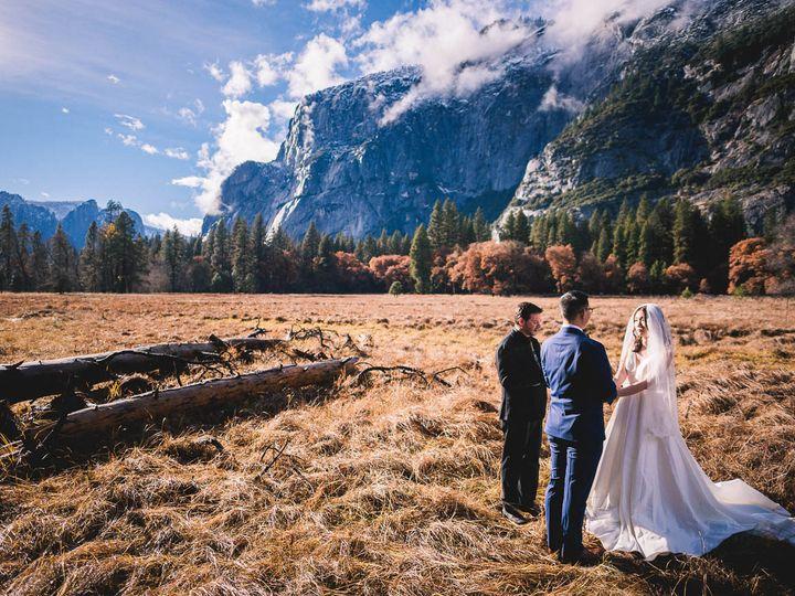 Tmx Zh W Full Peek 10 51 322550 V2 Fresno wedding photography