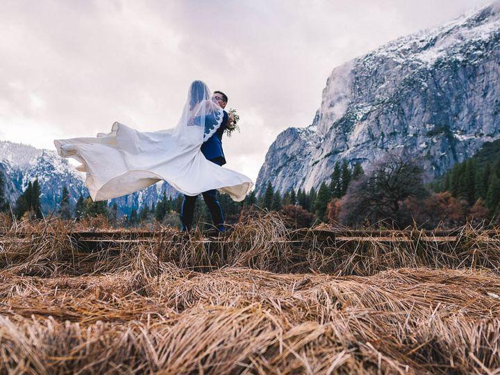 Tmx Zh W Full Peek 20 51 322550 V2 Fresno wedding photography