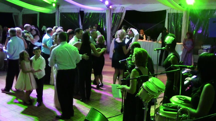 Guest's dancing with the band