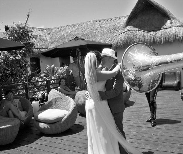 mariachi tulum horn